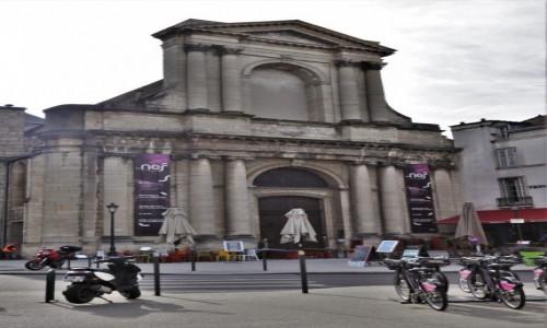 Zdjecie FRANCJA / Burgundia / Dijon / Dijon, muzeum sztuki nowoczesnej