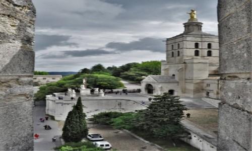 Zdjecie FRANCJA / Prowansja  / Avignon / Avignon, Cathedrale Notre-Dame des Doms