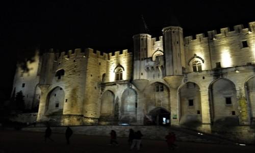 FRANCJA / Prowansja / Avignon / Avignon, pałac papieży z XIV w.