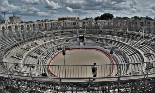 Zdjęcie FRANCJA / Prowansja / Arles / Arles, cyrk antyczny