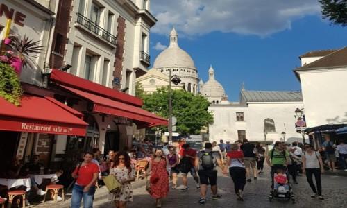 Zdjecie FRANCJA / Île-de-France / Paryż -  Montmartre / Tu się nic nie zmienia