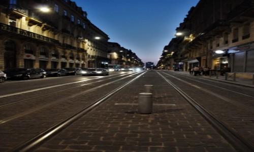 Zdjecie FRANCJA / Akwitania / Bordeaux / Bordeaux wieczór