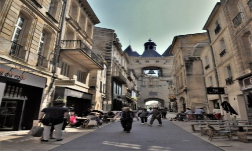 Zdjecie FRANCJA / Akwitania / Bordeaux / Grosse cloche de Bordeaux