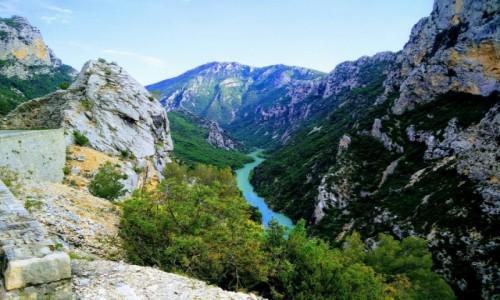 Zdjecie FRANCJA / Moustiers-Sainte-Marie / Parc naturel régional du Verdon / Parc naturel régional du Verdon