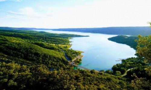 Zdjecie FRANCJA / Prowansja / Verdon Natural Regional Park / Lac de Sainte-Croix