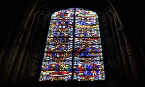 Zdjecie FRANCJA / Centre-Val de Loire / Tours / Tours, jedna z pięknych francuskich średniowiecznych katedr- koniec