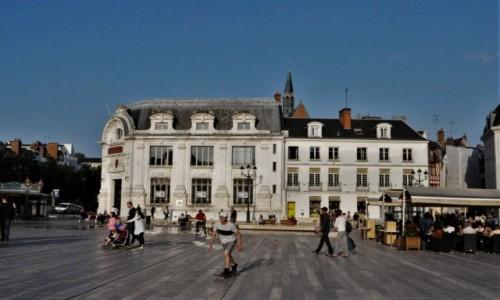 Zdjecie FRANCJA / Centre-Val de Loire. / Orlean / Orlean, Place du Martroi