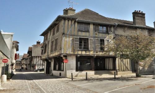 Zdjecie FRANCJA / Szampania / Troyes / Troyes, zakamarki