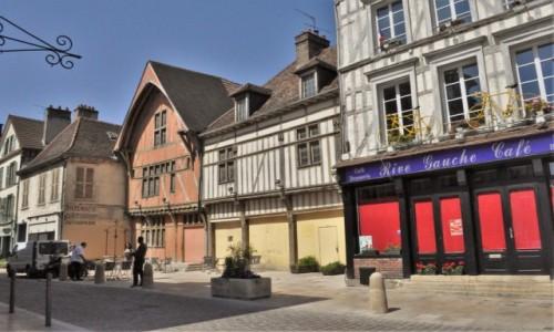 FRANCJA / Szampania / Troyes / Troyes, zakamarki