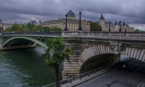 FRANCJA / Paryż / Paryż / Sekwana