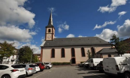 Zdjęcie FRANCJA / Dolny Ren / Niederbronn-les-Bains / Niederbronn-les-Bains, kościół protestancki
