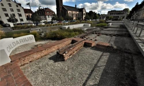 Zdjęcie FRANCJA / Dolny Ren / Niederbronn-les-Bains / Niederbronn-les-Bains, pozostałości starożytne po Rzymianach