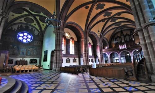 Zdjęcie FRANCJA / Dolny Ren / Niederbronn-les-Bains / Niederbronn-les-Bains, kościół katolicki