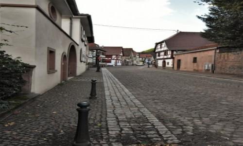 Zdjęcie FRANCJA / Dolny Ren / Oberbronn / Oberbronn