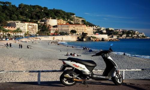 Zdjęcie FRANCJA / Lazurowe wybrzeże / Nicea / Listopadowa plaża