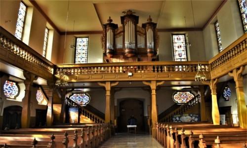 FRANCJA /  Alzacja  / Lauterbourg / Lauterbourg, kościół katolicki