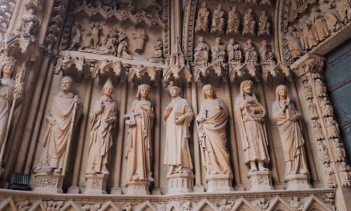 Zdjecie FRANCJA / Lotaryngia / Cathédrale Saint-Étienne de Metz / u wejścia, jn.
