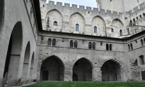 Zdjecie FRANCJA / Nad Rodanem / Avignon / Avignon, zamek