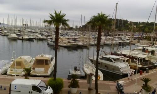 Zdjecie FRANCJA / Lazurowe Wybrzeże / Cavalaire-sur-Mer / Marina w Cavalaire-sur-Mer