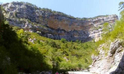 Zdjecie FRANCJA / Prowansja / Kanion Verdon / Kanion Verdon z dołu