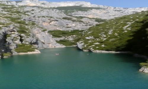 Zdjecie FRANCJA / Prowansja / Kanion Verdon / Kanion Verdon od strony jeziora