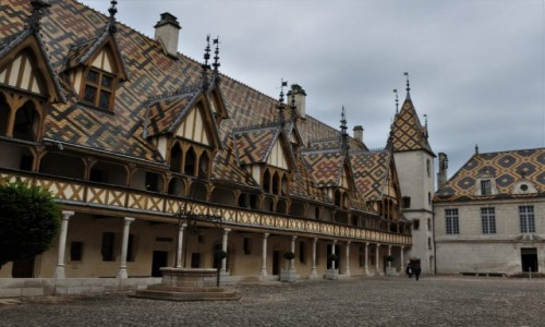 Zdjecie FRANCJA / Burgundia / Beaune / Beaune