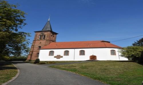 Zdjęcie FRANCJA / Alzacja / Hunspach / Hunspach, kościół