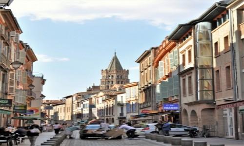 Zdjęcie FRANCJA / Oksytania / Tuluza / Tuluza, uliczka
