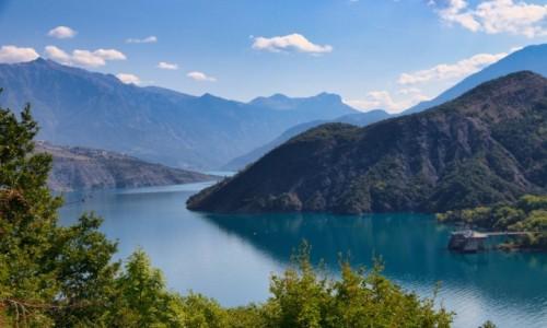 FRANCJA / Hautes Alpes  / Serre Chevalier  / jezioro  Serre-Ponçon