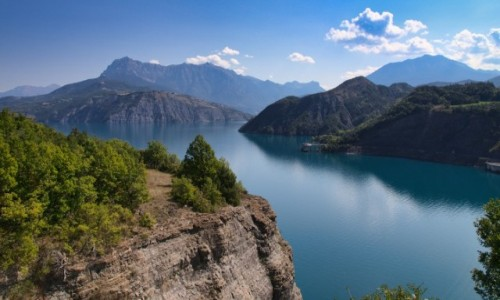 FRANCJA / Hautes Alpes / Chorges / Lac de Serre-Ponçon