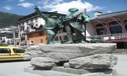 Zdjecie FRANCJA / Sabaudia / Chamonix / Chamonix. Francja. Pomnik.