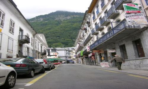 Zdjecie FRANCJA / Midi-Pyrénées / Cauterets / Uliczka