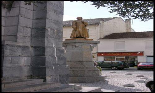 Zdjecie FRANCJA / brak / Lourdes / Pomnik