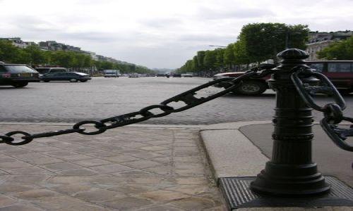 Zdjecie FRANCJA / brak / Paryż / Aux Champs Elysées