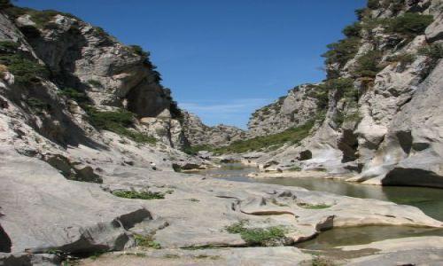 Zdjecie FRANCJA / wschodnie Pireneje / TAUTAVEL / kanion