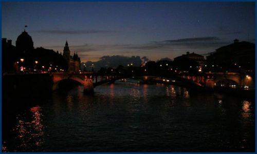Zdjecie FRANCJA / Francja pólnocna / Paris  / Nocna impresja