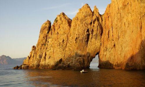 Zdjęcie FRANCJA / Korsyka / Zatoka Porto, wybrzeże zachodnie / Łupinka