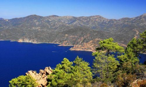 Zdjecie FRANCJA / Korsyka / Calanche de Piana / powiew lata