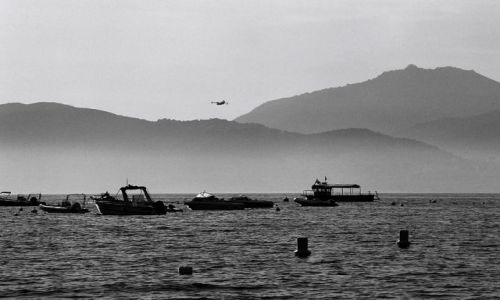 Zdjecie FRANCJA / Korsyka / Porticcio / łodzie zacumowane w zatoce