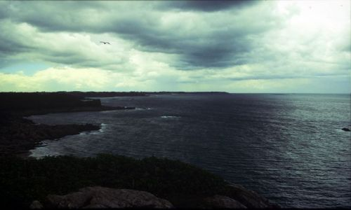 Zdjęcie FRANCJA / Bretania / płd Bretanii / nad Atlantykiem- zbilza sie burza