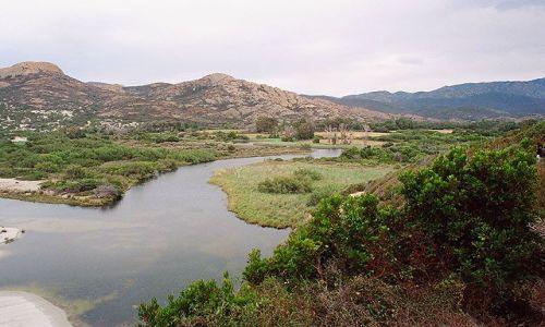 Zdjecie FRANCJA / Korsyka / St. Florent - L'lle Rousse / Korsyka - Plaża Ostricciani