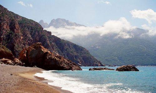 FRANCJA / okolice Porto / Plaża de Bussaglia / Korsyka - Haute Corse - Plage de Bussaglia