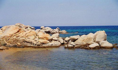 FRANCJA / Okolice Bonifaccio / Illes de Lavezzi / Korsyka - Corse du Sud - Illes de Lavezzi
