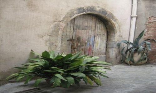 Zdjecie FRANCJA / Langwedocja / Perpignan-dawna stolica królestwa Majorki / Zaułki Francji