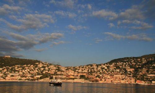 Zdjecie FRANCJA / brak / Villefranche - sur - Mer / zaraz po wschodzie słońca w zatoce