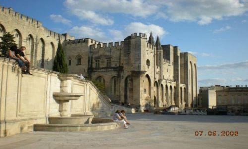 Zdjecie FRANCJA / prowansja / Avignon / Stara urocza siedziba papieska w Avinion