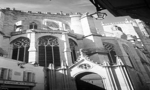 FRANCJA / brak / Południowa Francja / Narbonne - fragment katedry