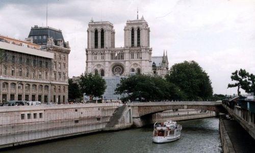 FRANCJA / - / Paryż / Notre-Dame