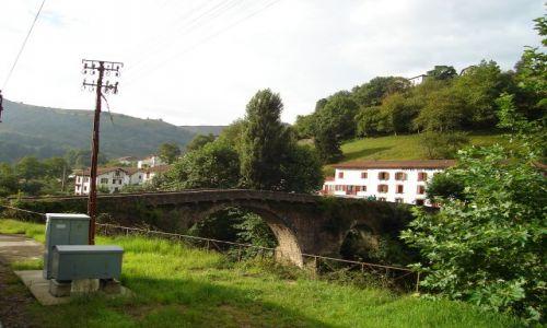 Zdjecie FRANCJA / brak / Między Bayonne a Saint Jean Pied de Port / Pireneje - witają