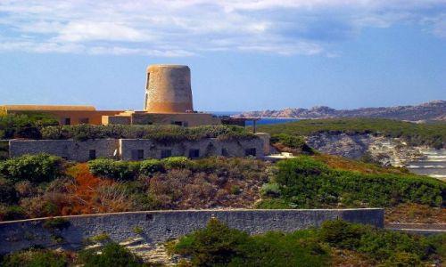 Zdjęcie FRANCJA / Korsyka / Bonifacio / Widok na cytadelę